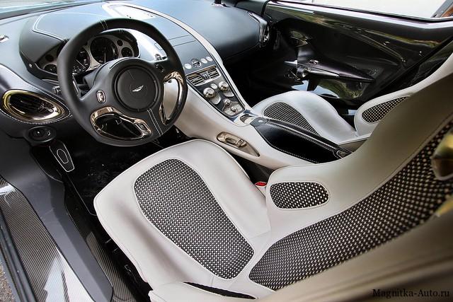 Aston Martin продал все 77 экземпляров модели суперкара One-77