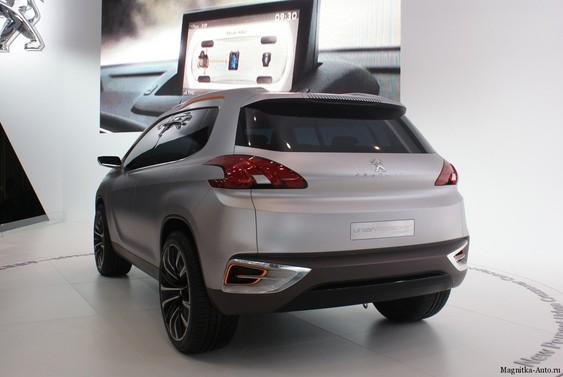 Концепт кроссовера Peugeot Urban в Пекине