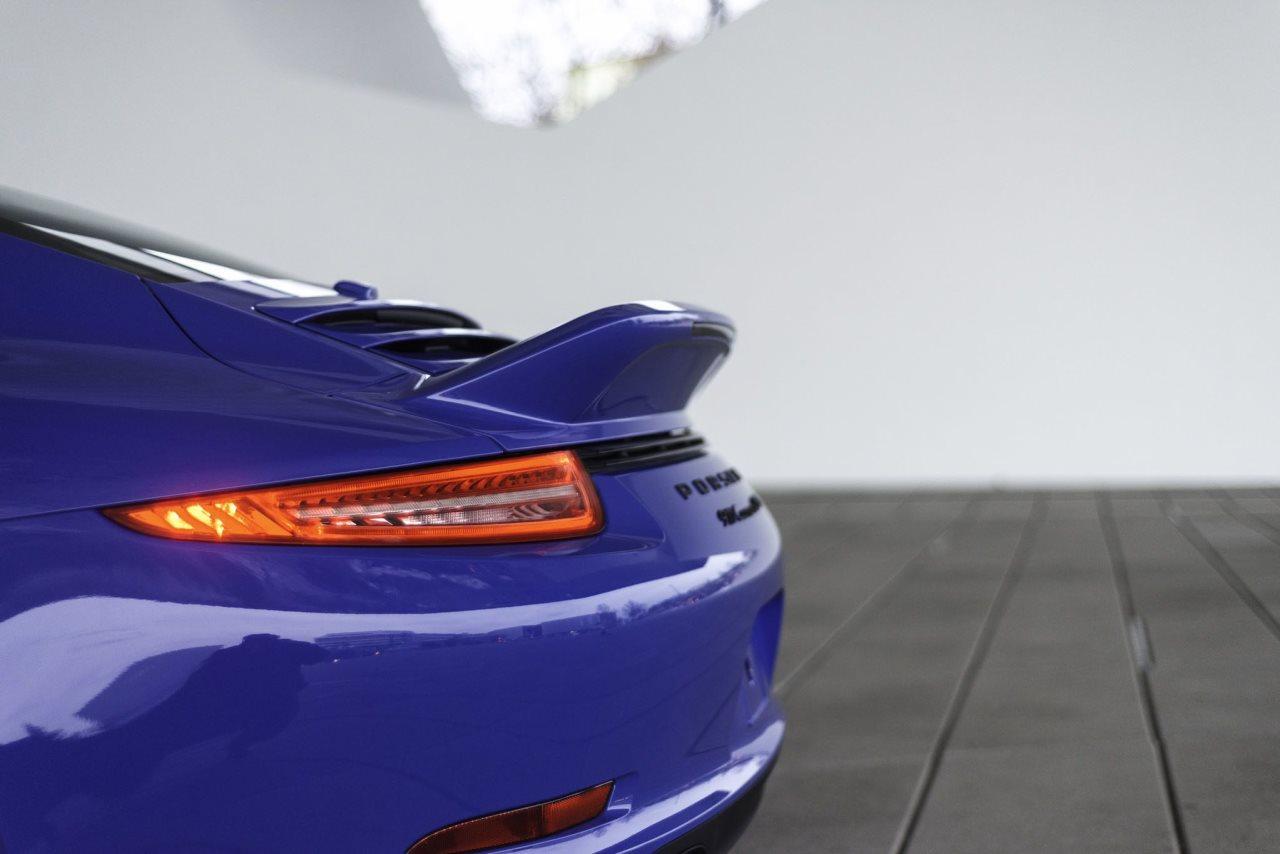 2015 Porsche 911 GTS Club Coupe