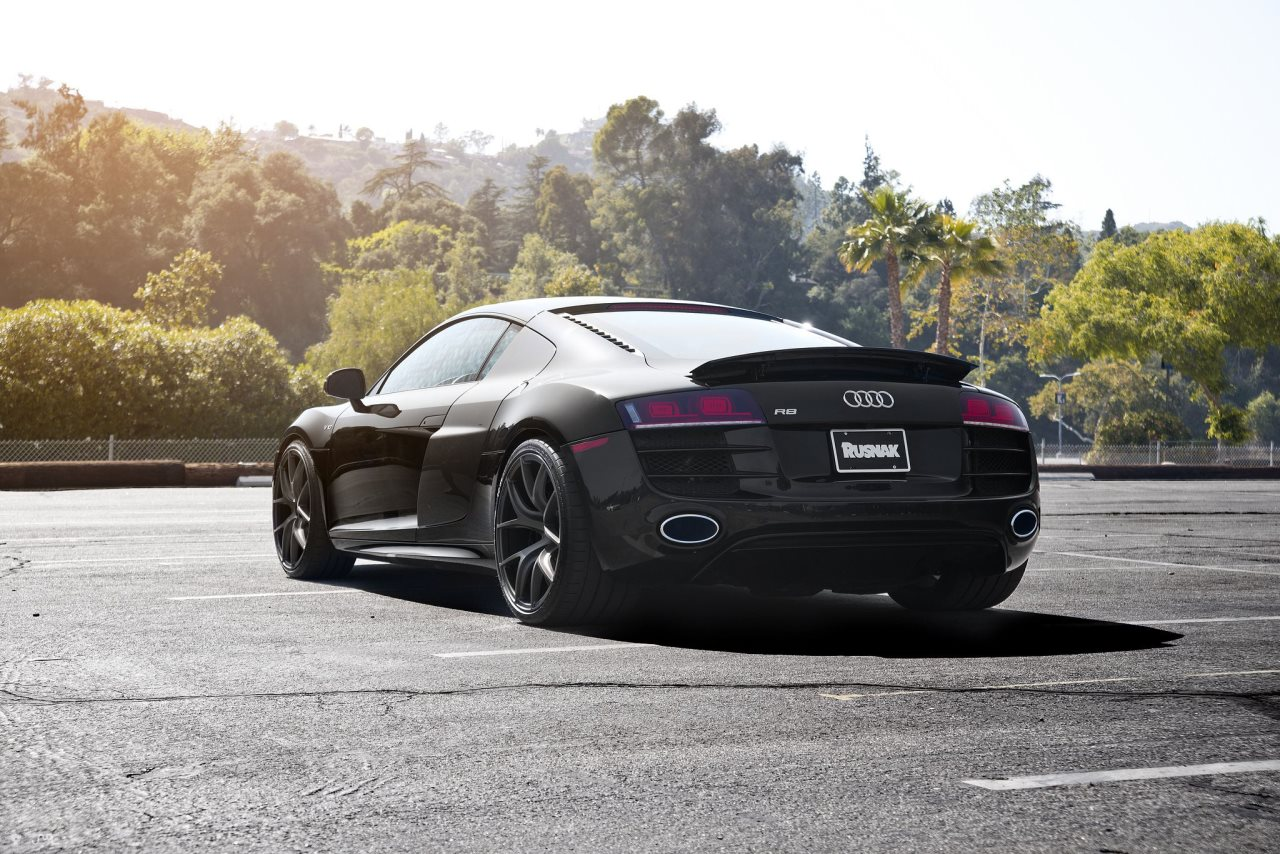 Audi R8 V10 on Zito Wheels
