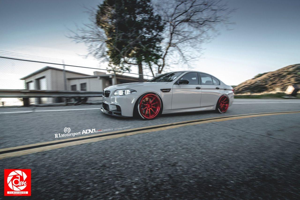 R1 Motorsport BMW M5