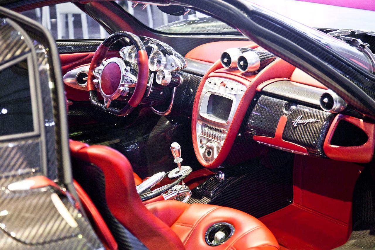 Pagani Huayra Roadster будет собираться на новом заводе