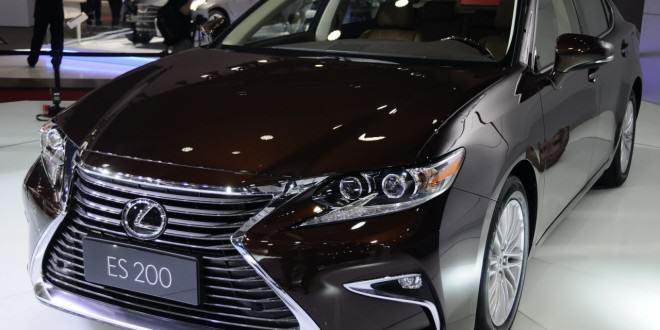 2016 Lexus ES200 станет доступен в августе