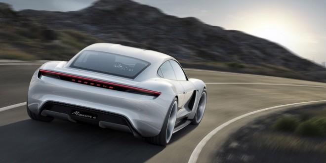 Электрический спортивный седан Porsche Mission E Concept - 2015 IAA