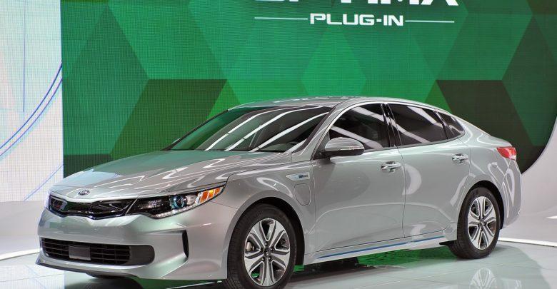 2017 Kia Optima Plug-In Hybrid дебют на Чикагском автосалоне