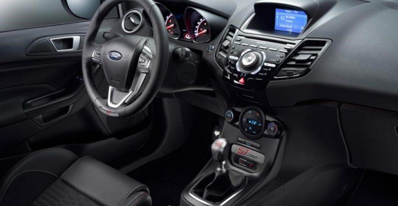 Хот-хэтч Ford Fiesta ST200 дебют в Женеве