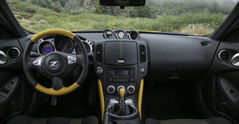 2018 Nissan 370Z Heritage Edition новая версия спортивного купе