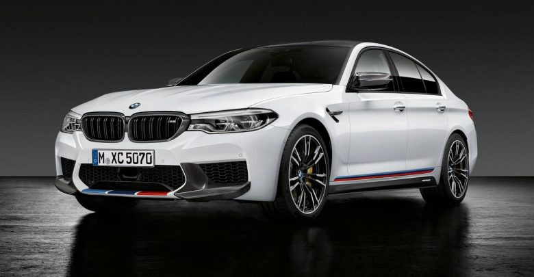 2018 BMW M5 M Performance, 440i Gran Coupe, M3 30 Years American Edition и 740e на мероприятии тюнинг шоу SEMA 2017