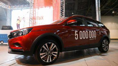 Photo of LADA Vesta SW Cross 5-миллионный автомобиль из Ижевска