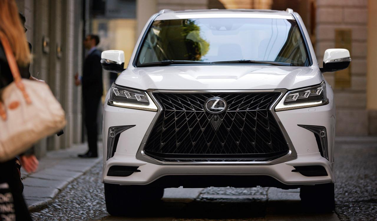 2020 Lexus LX 570 Sport стильный пакет