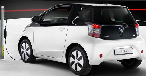 Электромобиль Toyota iQ EV